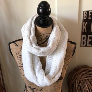 Accessories - Pretty Chenille Ivory Loop Cable Knit Scarf